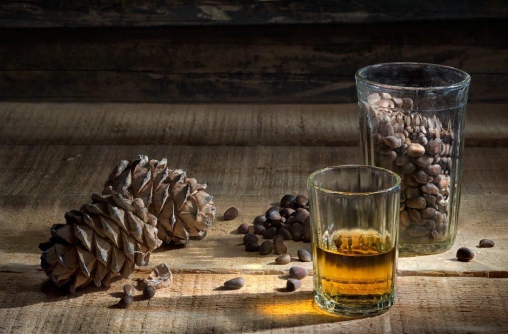 Скорлупа кедрового ореха - применение в медицине и косметологии
