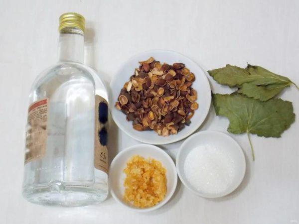 Настойка на кедровых орешках, рецепты кедровки на водке, спирте и самогоне