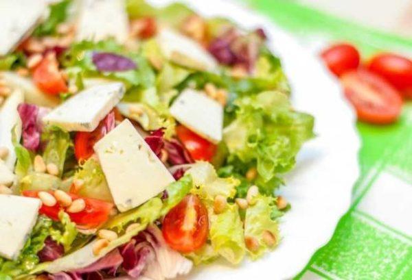 Салат с кедровым орехом